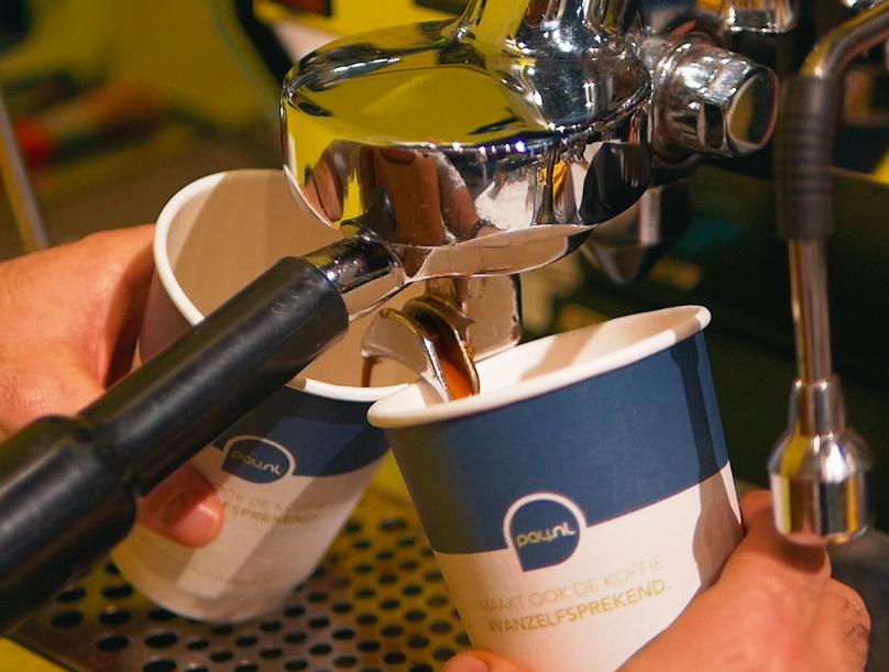 zaken doen onder het genot van een kop koffie
